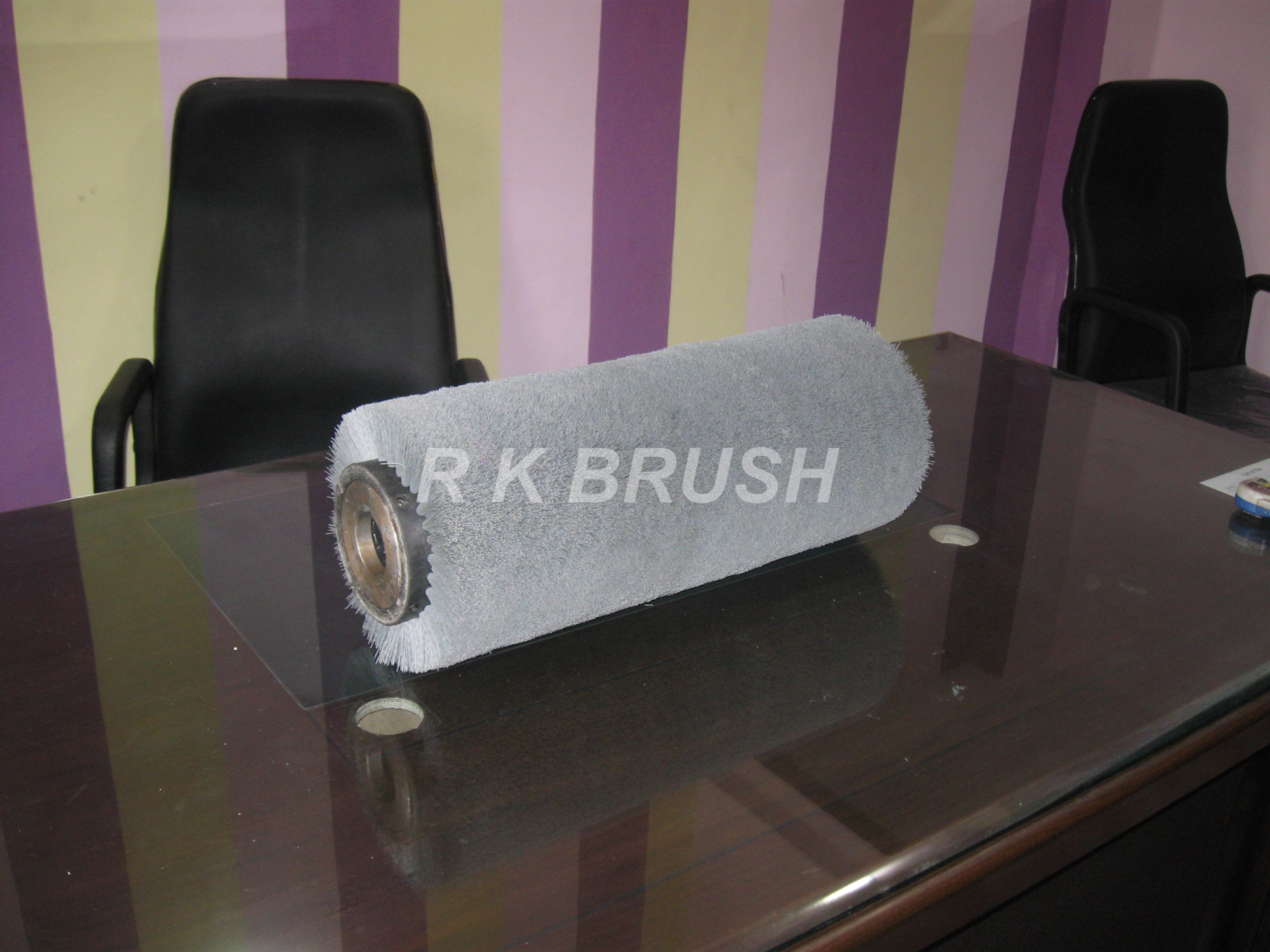 Abrasive Nylon Roller Brush (TYPE3) Shaft Mounted