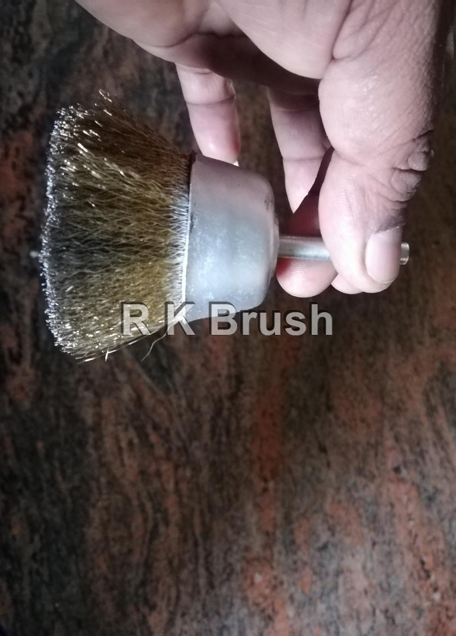 spindle mounted cup brush